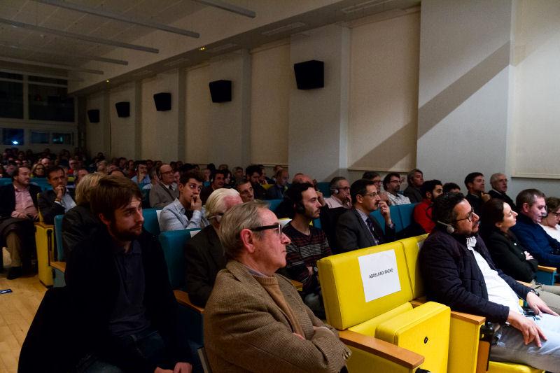 Proyección-Coloquio organizado por Los 50 en la Casa árabe de Madrid.
