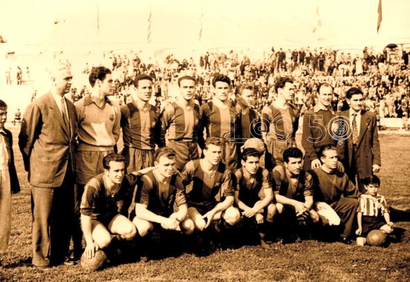Barcelona, último partido de Liga (13/4/1952) Arriba: Daucik (Entrenador), Ramallets, Calvet, Biosca, Seguer, Gonzalvo III, Aldecoa. Abajo: Basora, Kubala, Vila, Moreno y Nicolau.